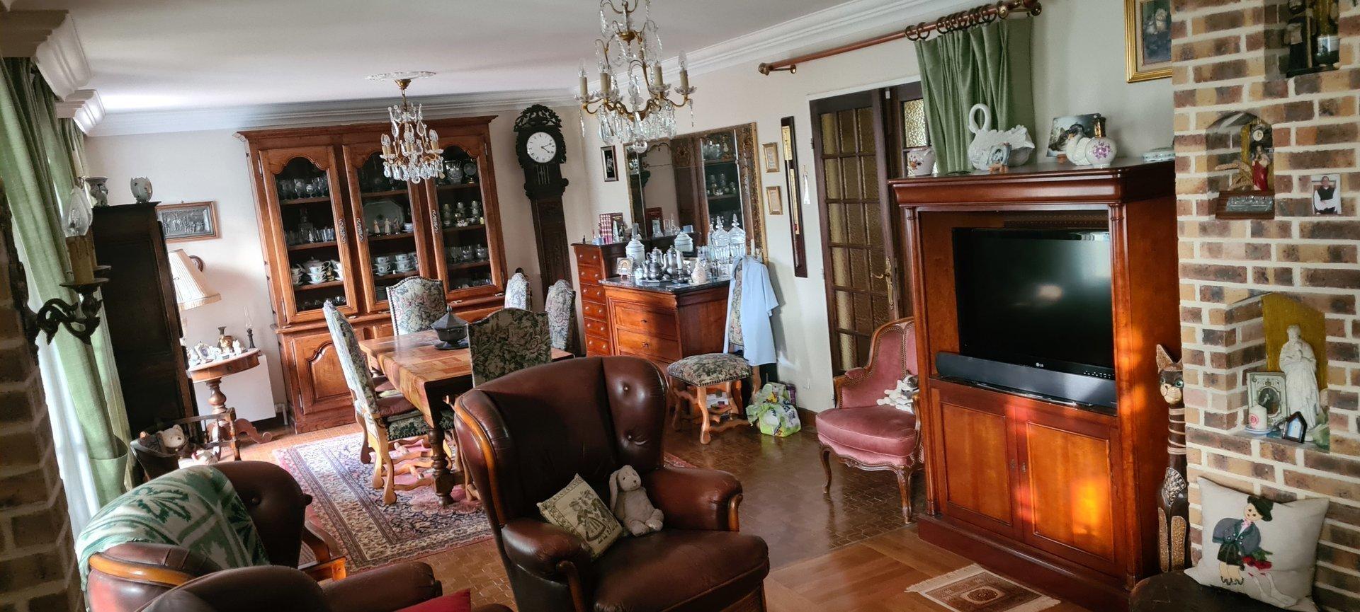 Sale House - Saint-Ouen-de-Thouberville