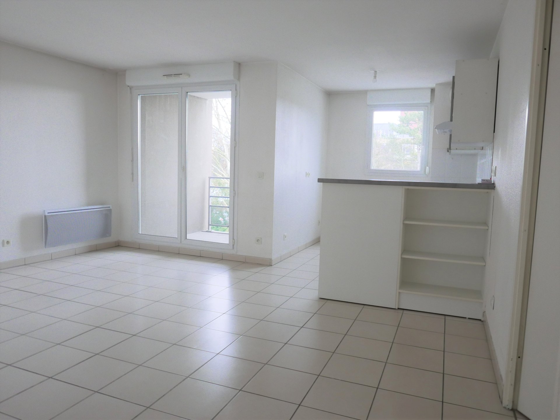 Achat Appartement Surface de 64.7 m²/ Total carrez : 64 m², 3 pièces, Vénissieux (69200)