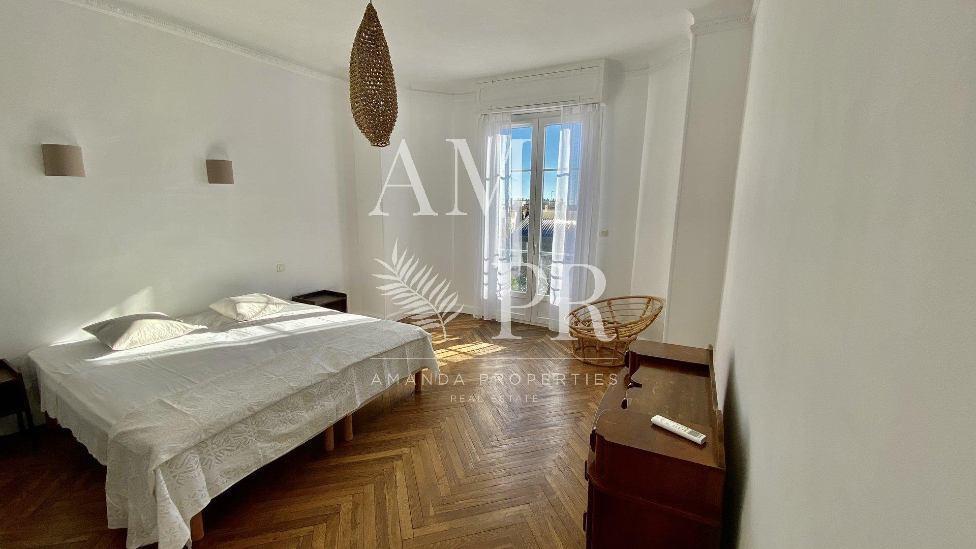 Cannes - Magnificent Bourgeois of 103sqm- Sea view