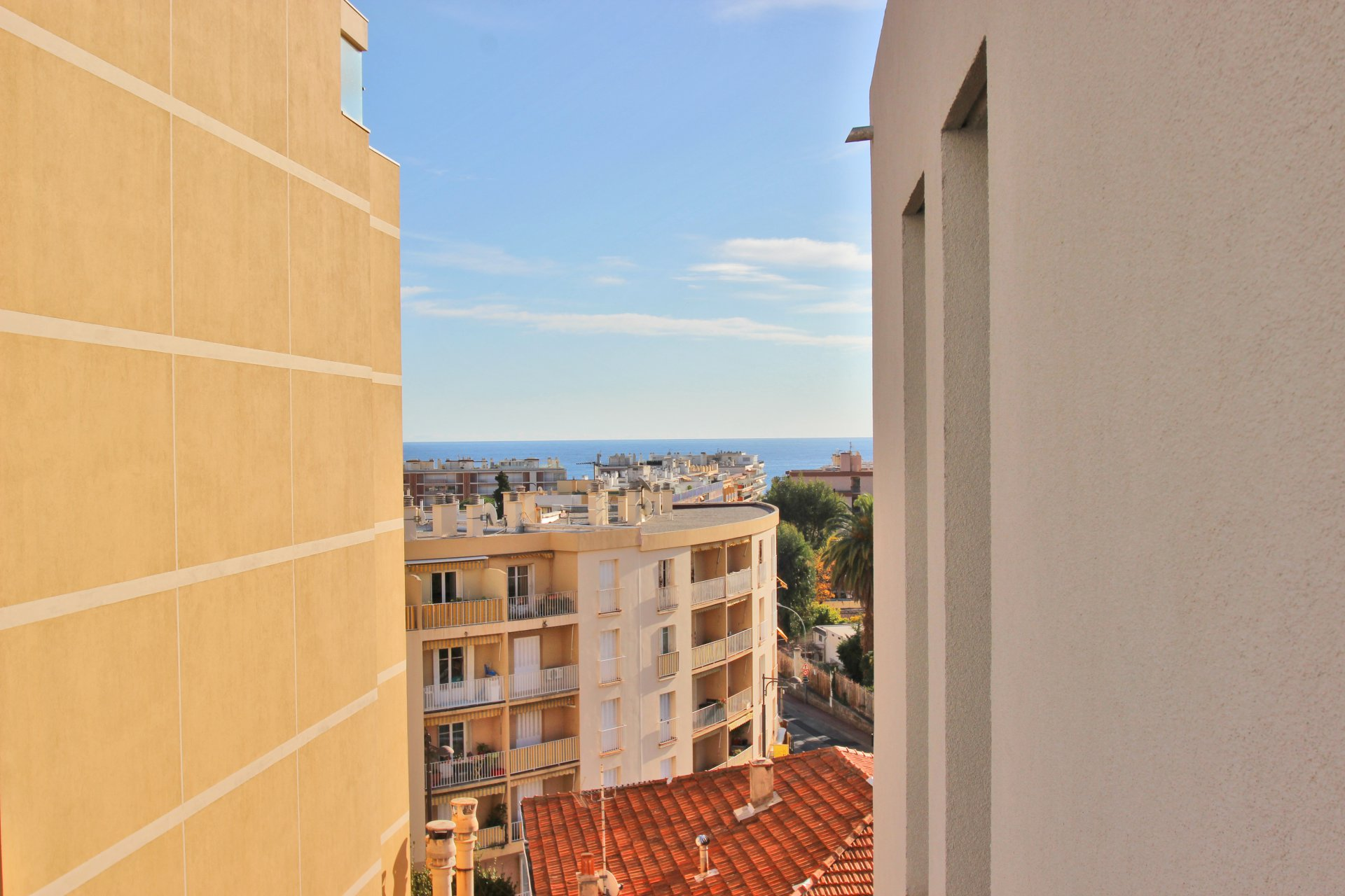 "ROQUEBRUNE ""Carnoles"" 