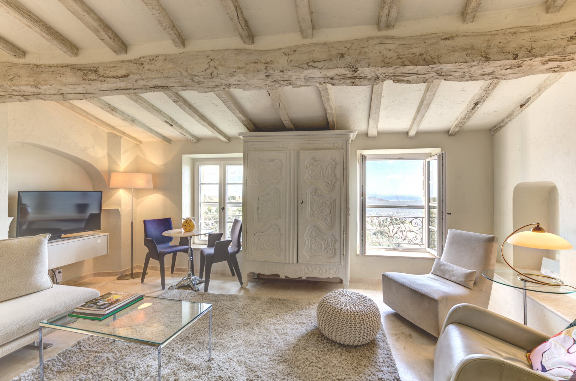 EXCLUSIVITY! Charming and beautiful village house in Tourrettes Sur Loup