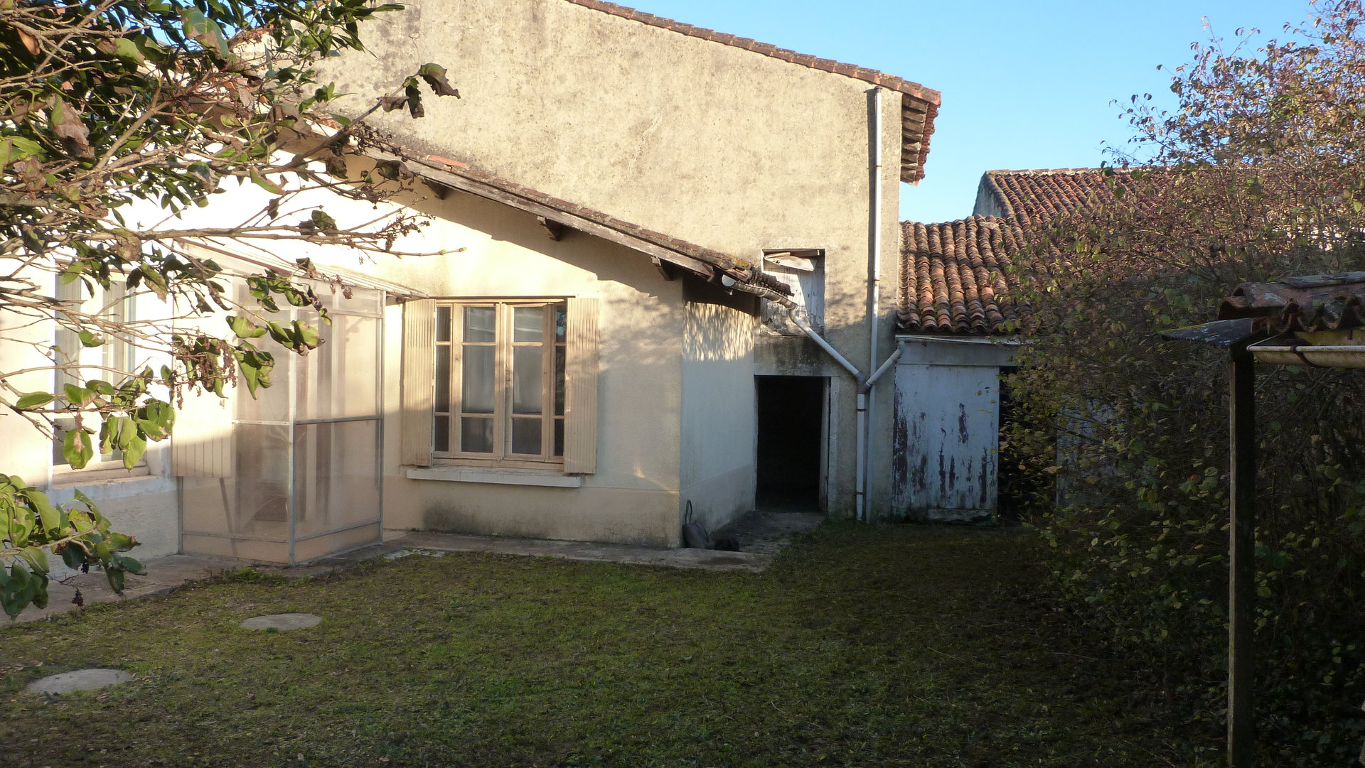 Old village house to ranovate