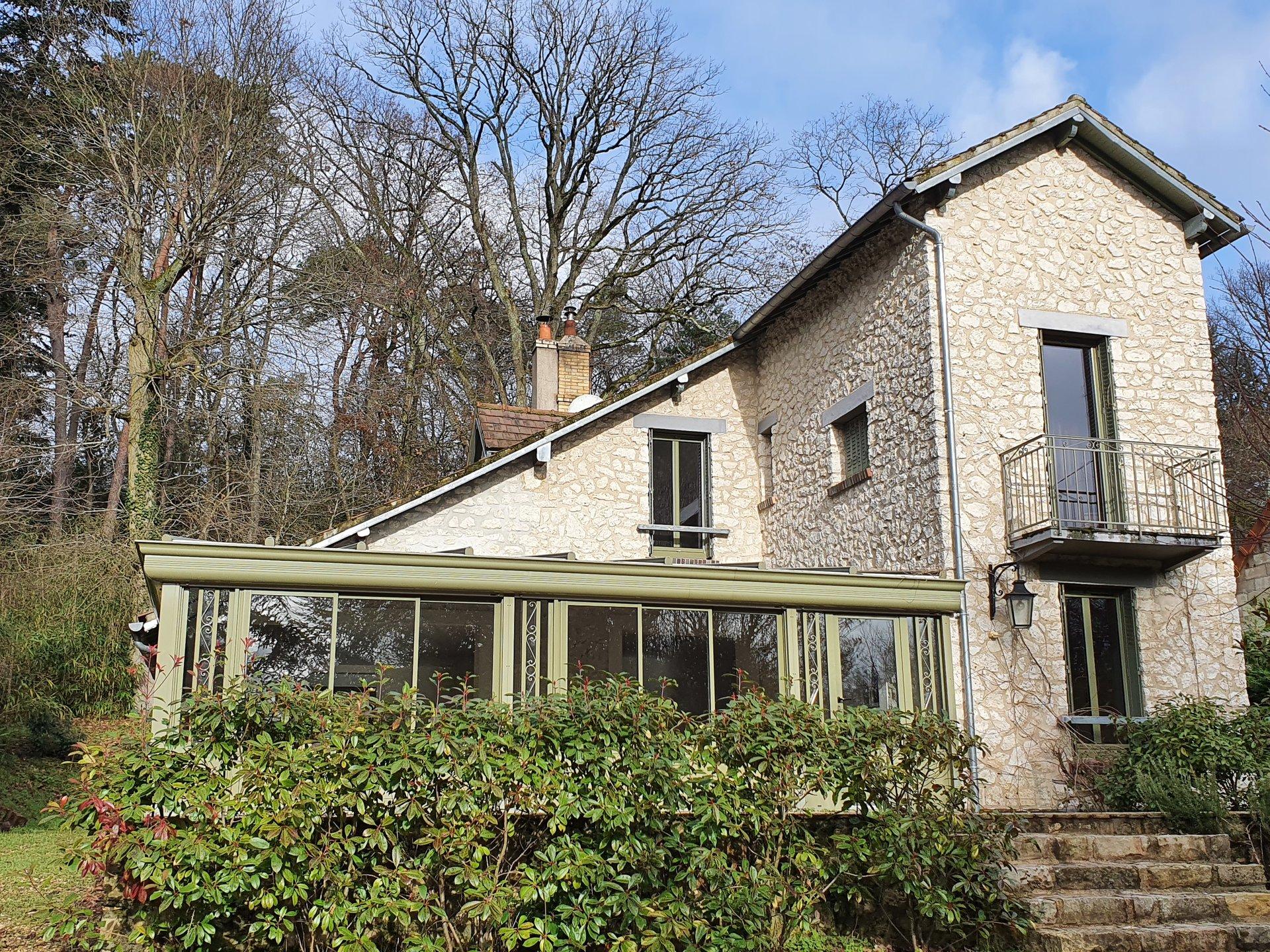 Montigny sur Loing : Maison 7 pièces 230 m2