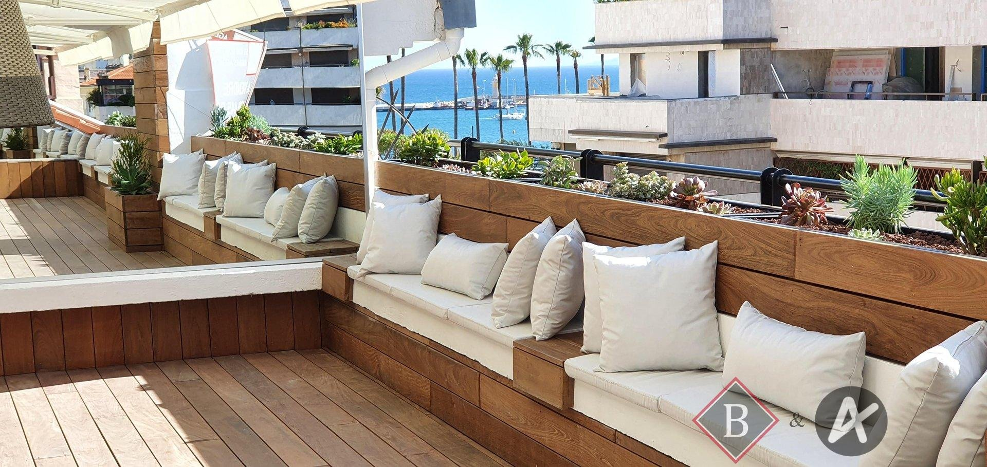 "Rooftop  in the heart of the downtown Cannes quarter, ""La Banane"""