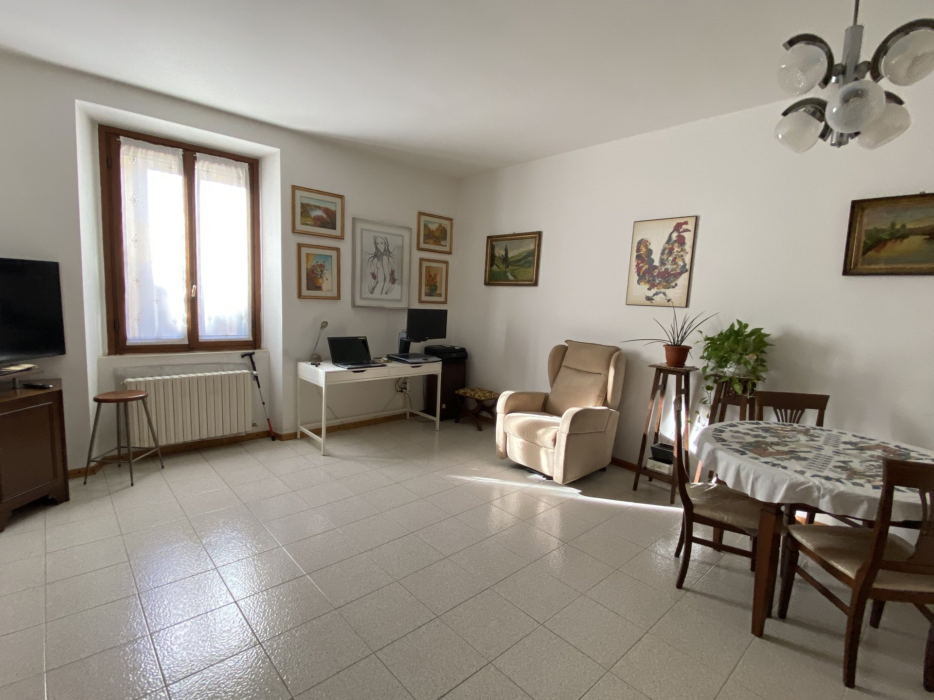 Milano - Via Marco d'Oggiono n. 3. Signorile appartamento cinque locali 150 mq