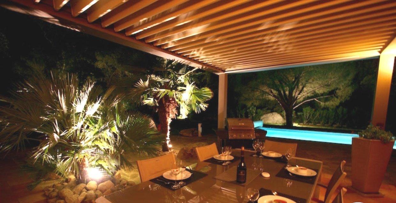 Magnifique villa avec piscine,  3 000 m² de terrain, à 10 minutes de Porto Vecchio