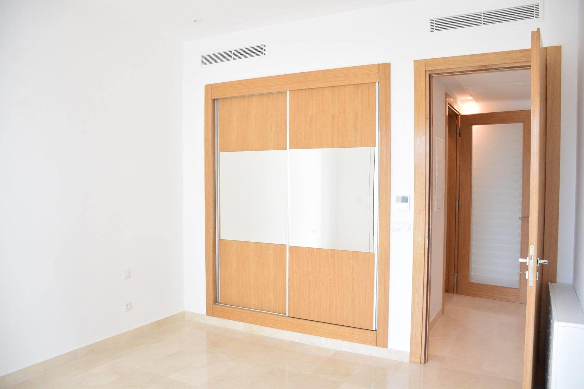 Location Appartement Neuf S+3 au Lac 2