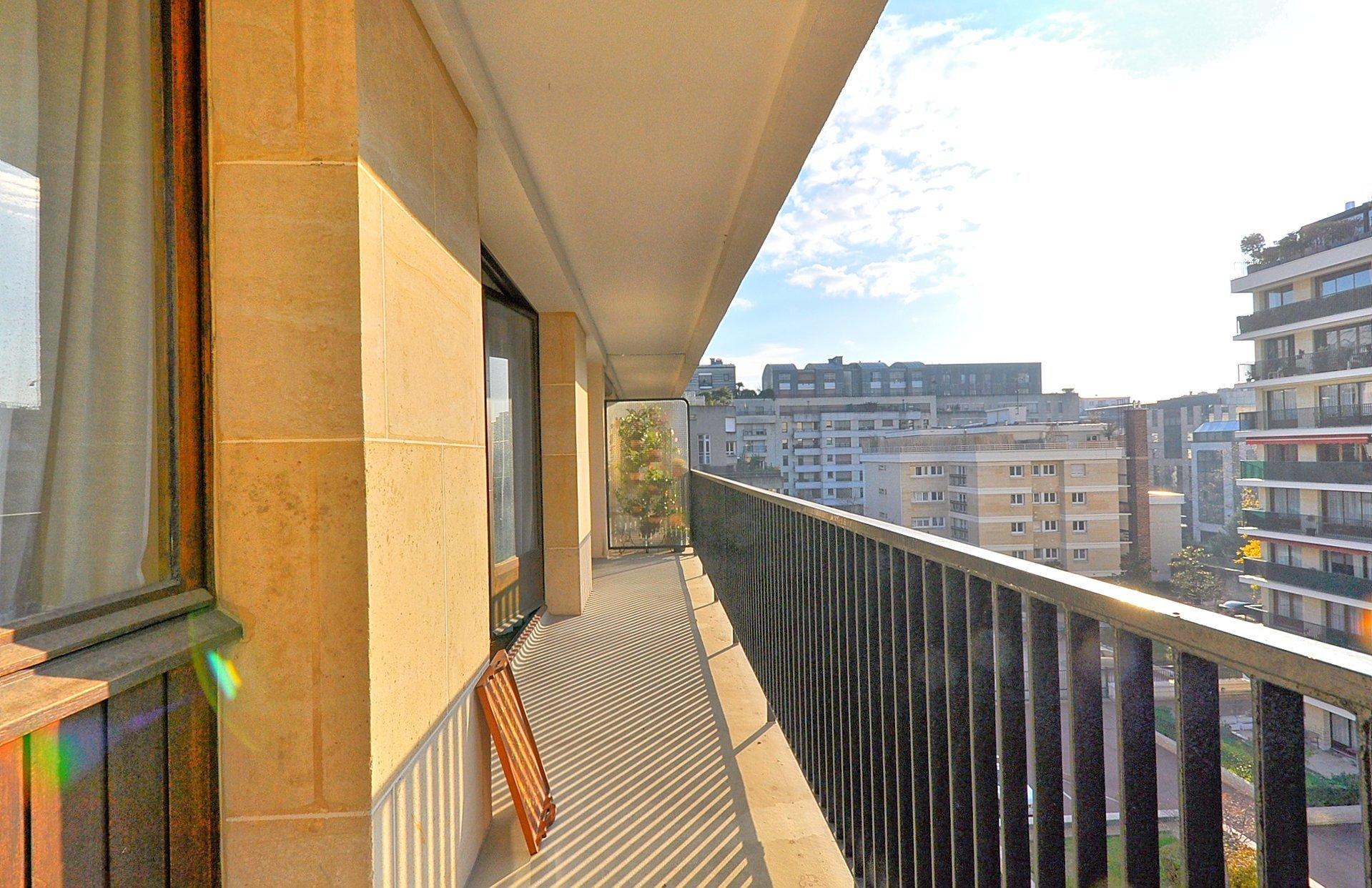 Jean Jaurès / Les Passages - 3/4p - dernier étage - asc - balcon - parking