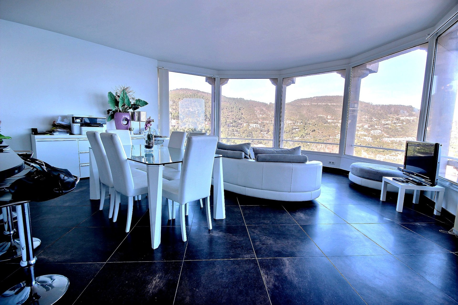 Villa for sale in Theoule sur Mer with sea view
