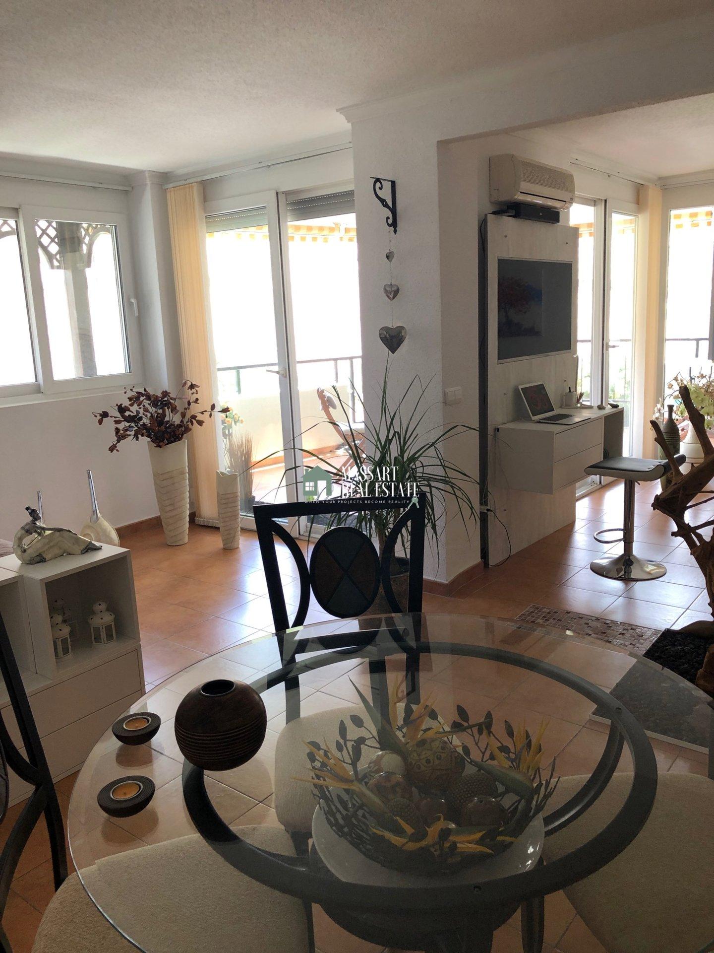 Loft-Wohnung von ca. 90 m2 in Los Cristianos, in der Wohnanlage El Rincón… nur wenige Meter vom Meer entfernt!