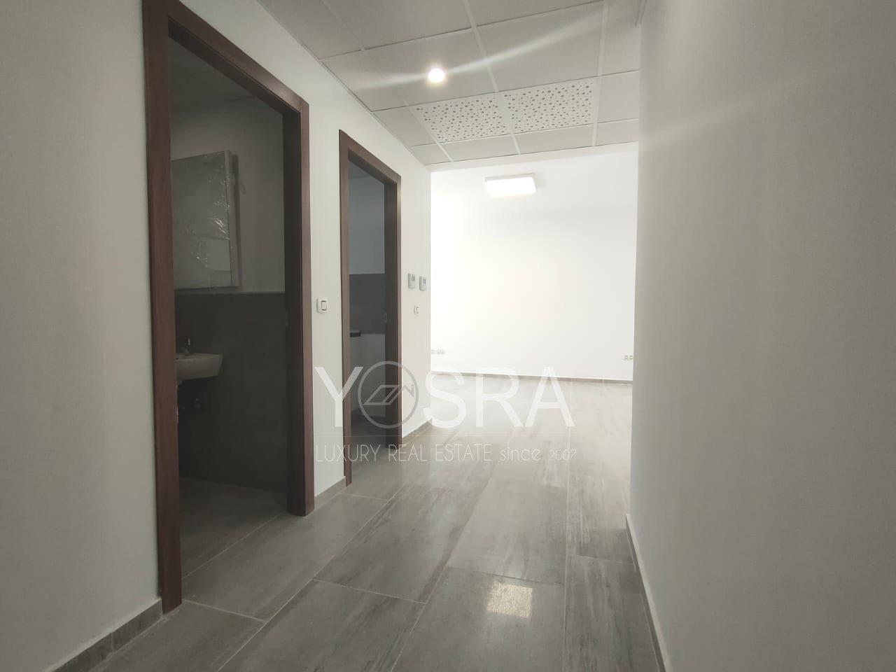 Etage de bureau 395m² au Lac 2