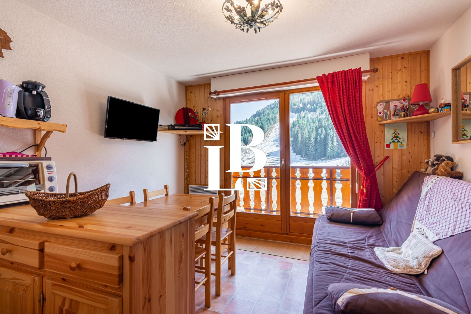 2 ROOM FLAT + SLEEPING CABIN Accommodation in Le Biot