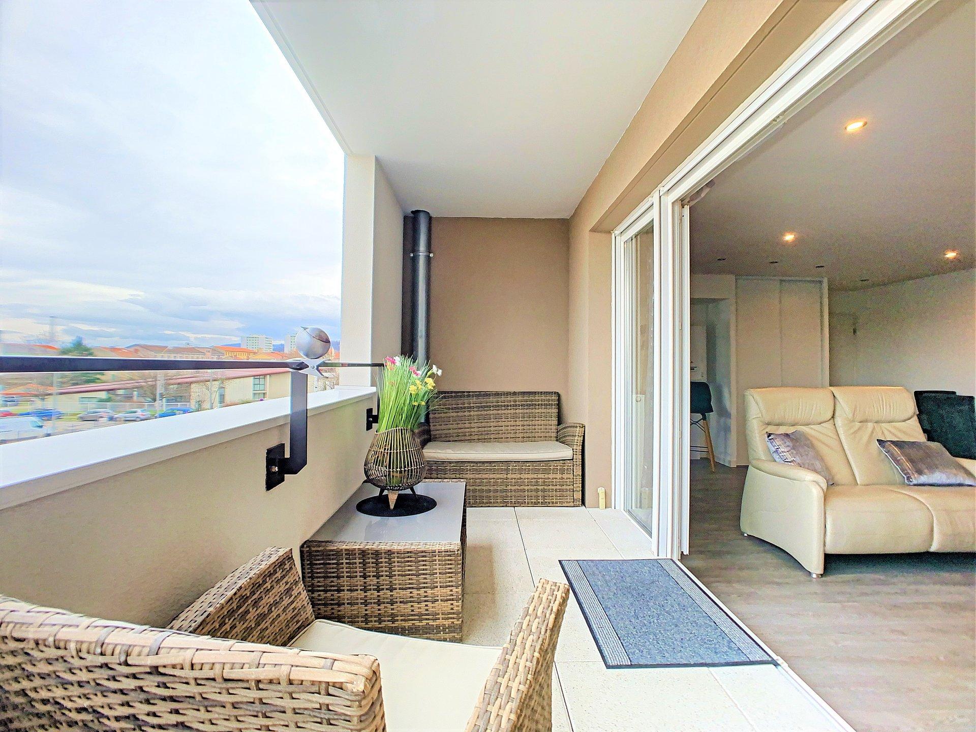 Appartement T4 1er étage élévé avec balcon