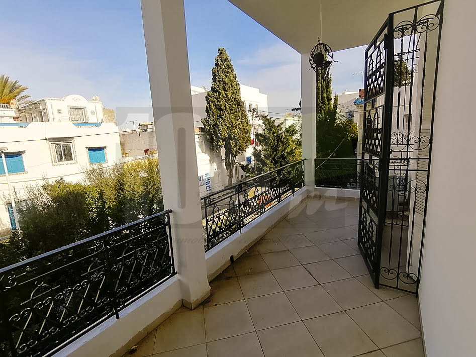 Location étage de villa s+3 à Carthage Amilcar