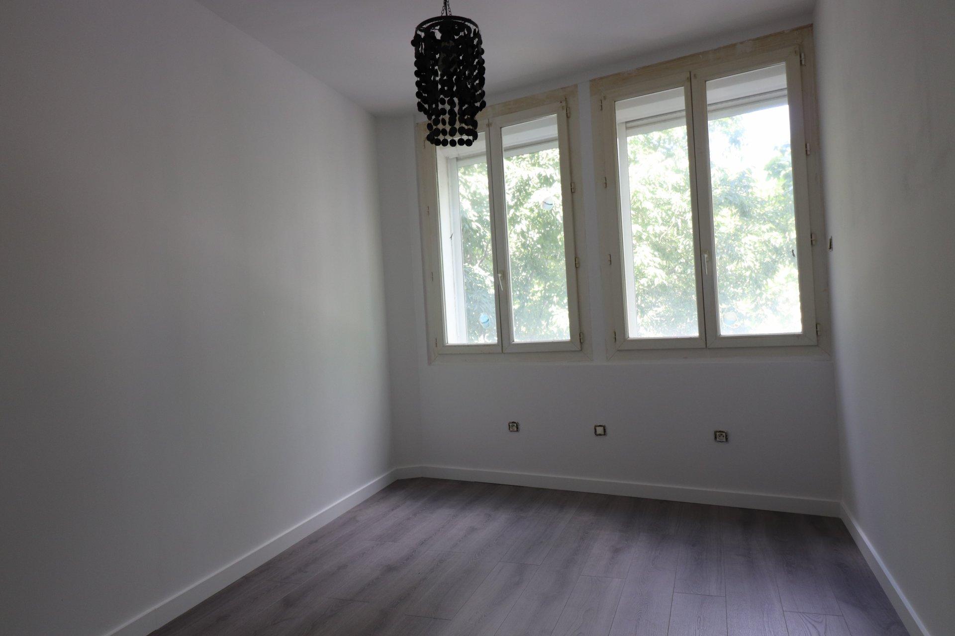 Sale Apartment - Miramas