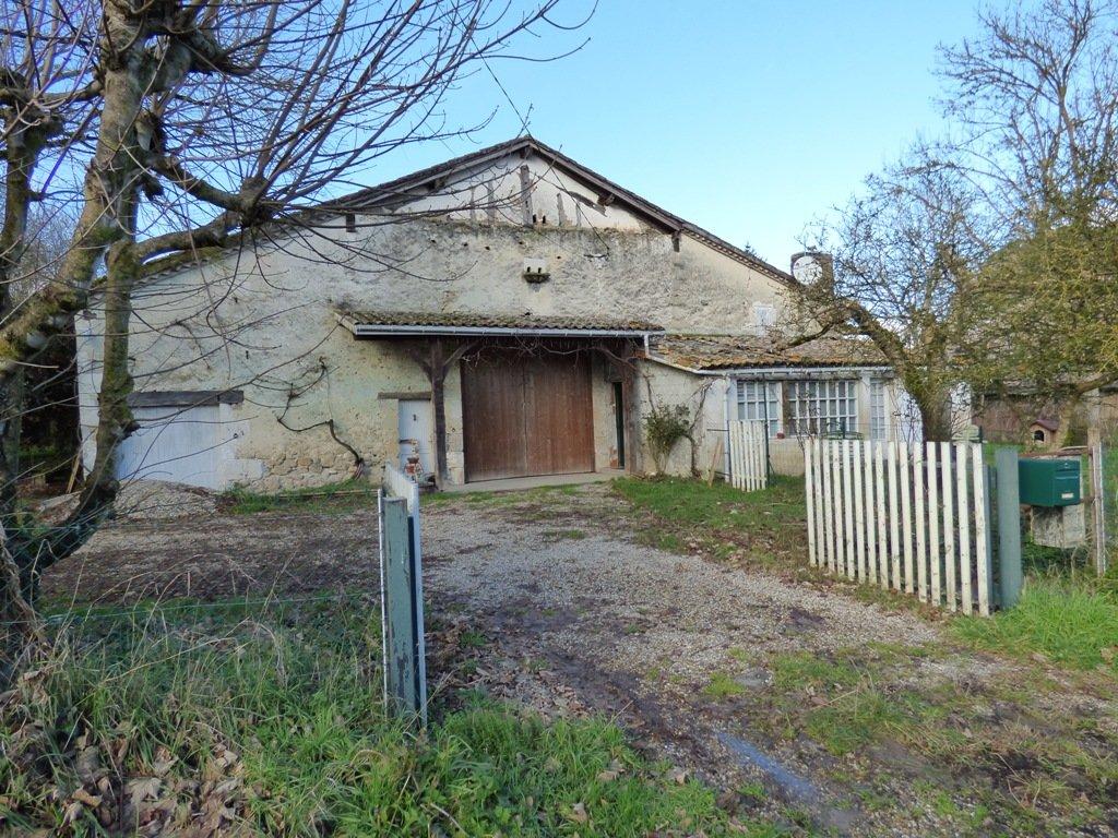 Near Levignac de Guyenne