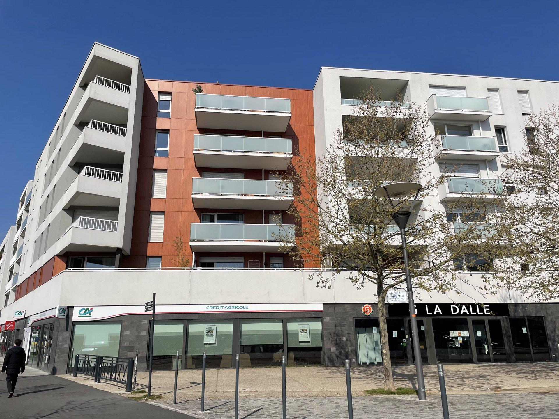 A 10 mn du centre ville de ROUEN- Le Petit Quevilly - T2 avec parking et balcon