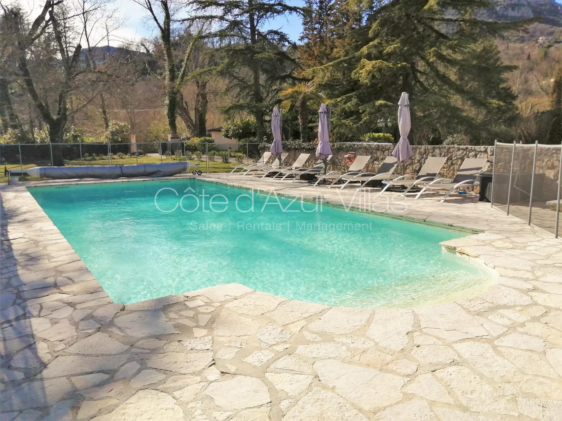 Verkauf Villa - Tourrettes-sur-Loup