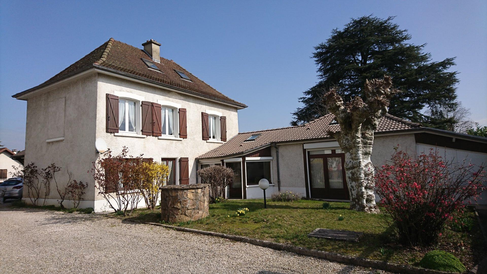 Villa Dauphinoise à proximité de toutes les commodités