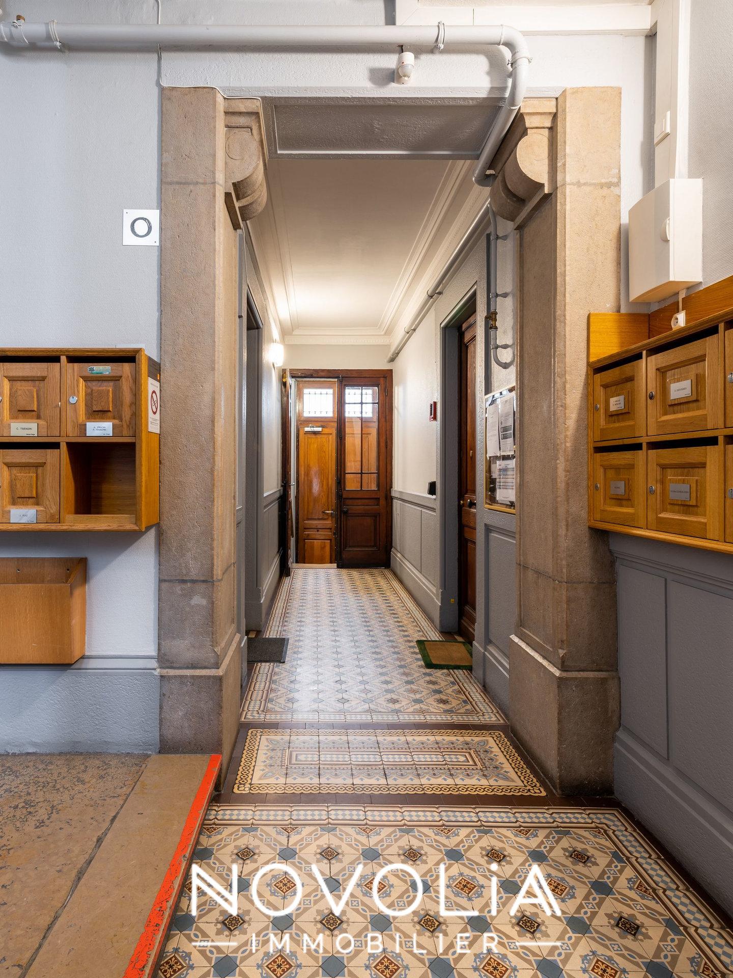 Achat Appartement, Surface de 61.05 m²/ Total carrez : 61 m², 3 pièces, Lyon 6ème (69006)