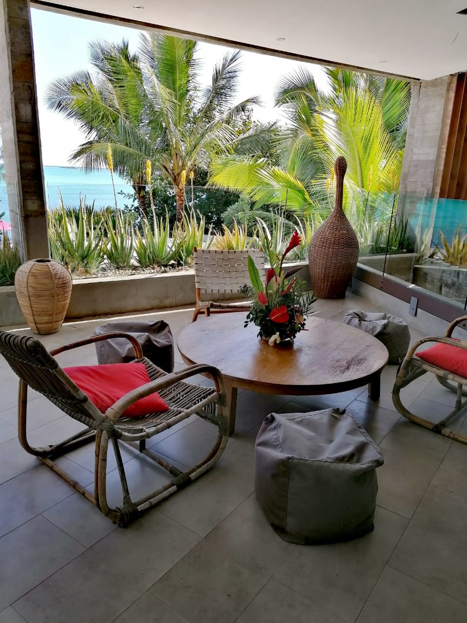 Unique offer! Be a beachfront tenant for only Rs.25,000/month