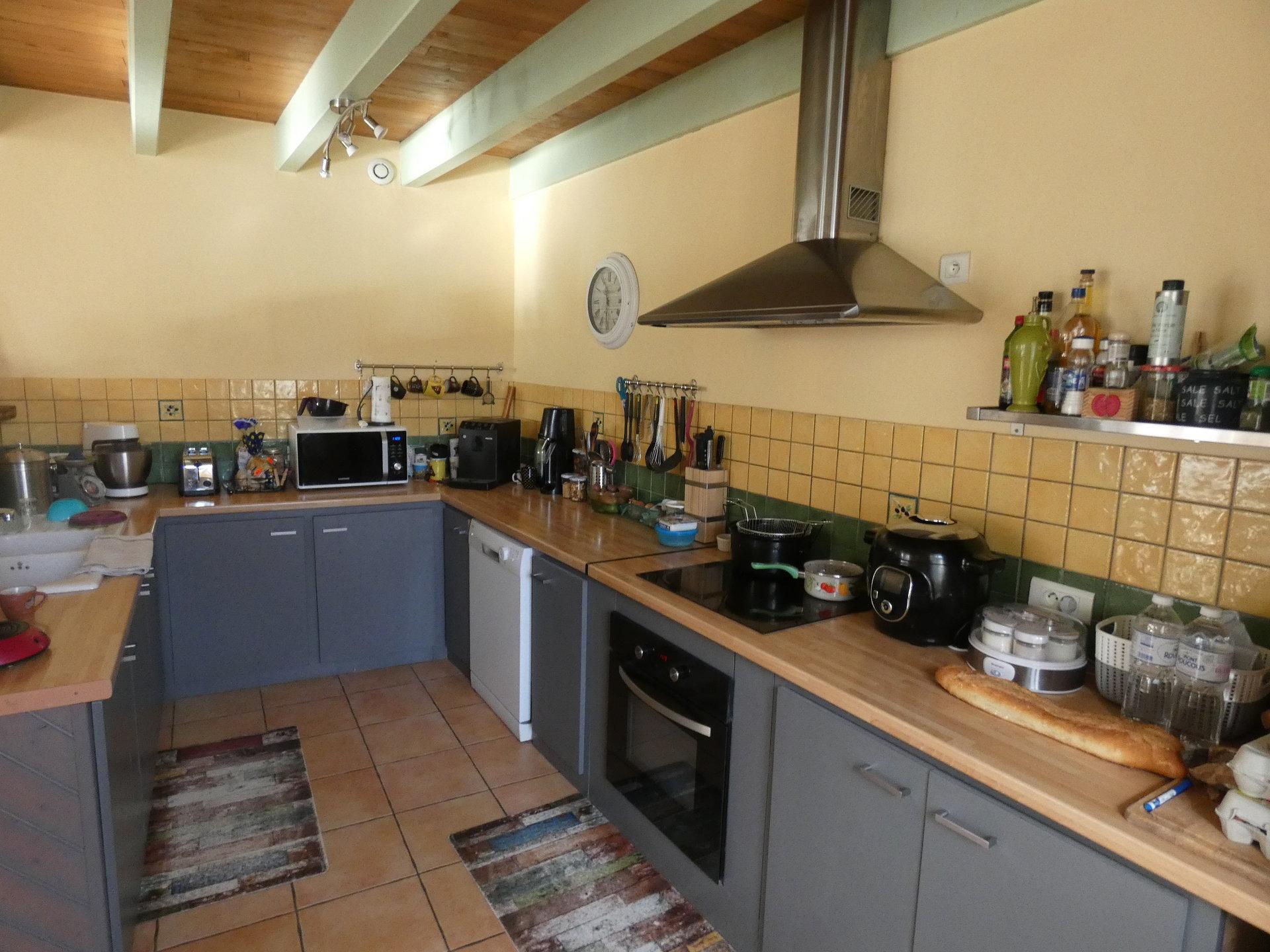 Sale House - Montignac-Charente