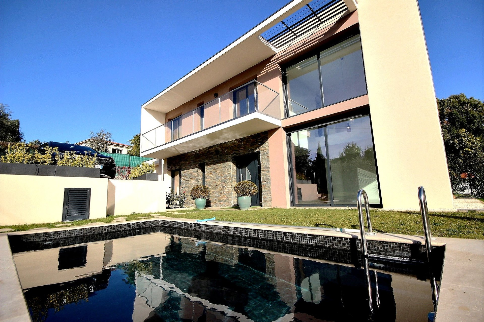 France Côte d'Azur Antibes Résidentiel Villa Contemporaine à vendre