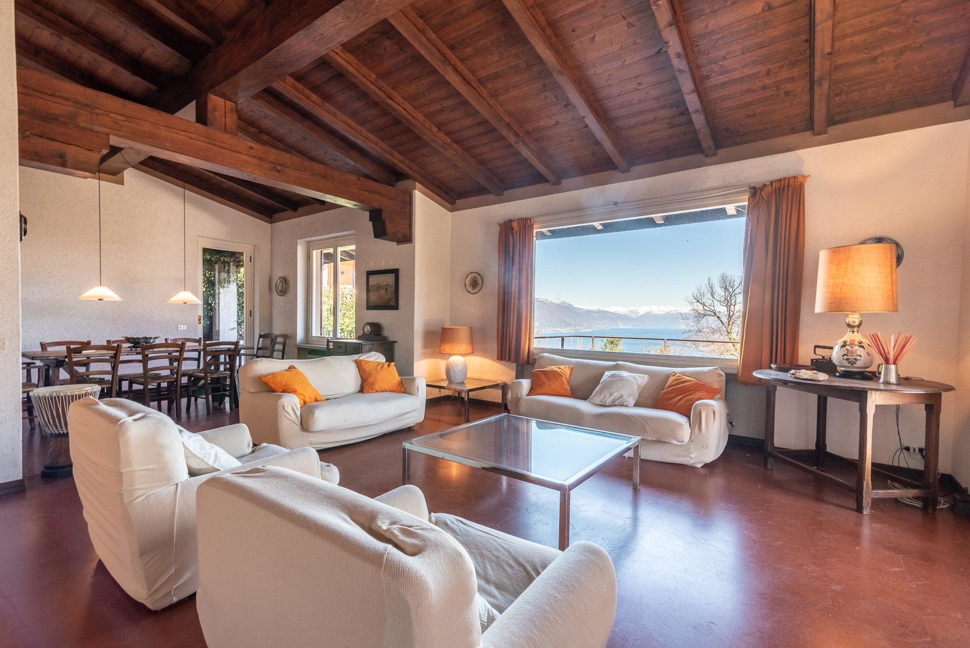 Villa in Stresa (Magognino) - sitting room with view