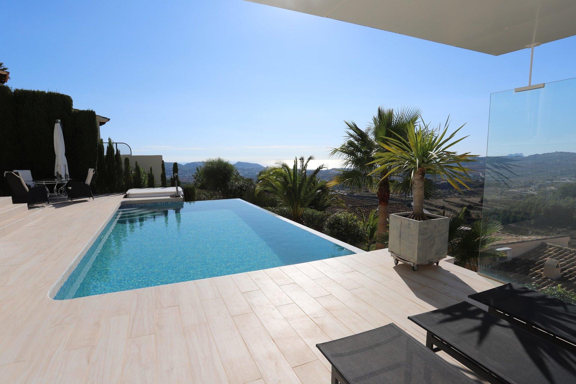 Villa con fantásticas vistas al mar abierto