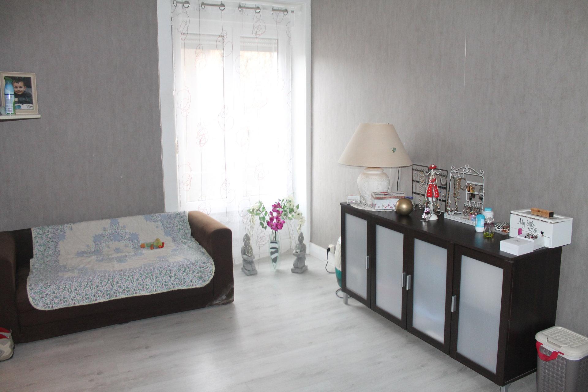 Immeuble : commerce + appartements Alençon