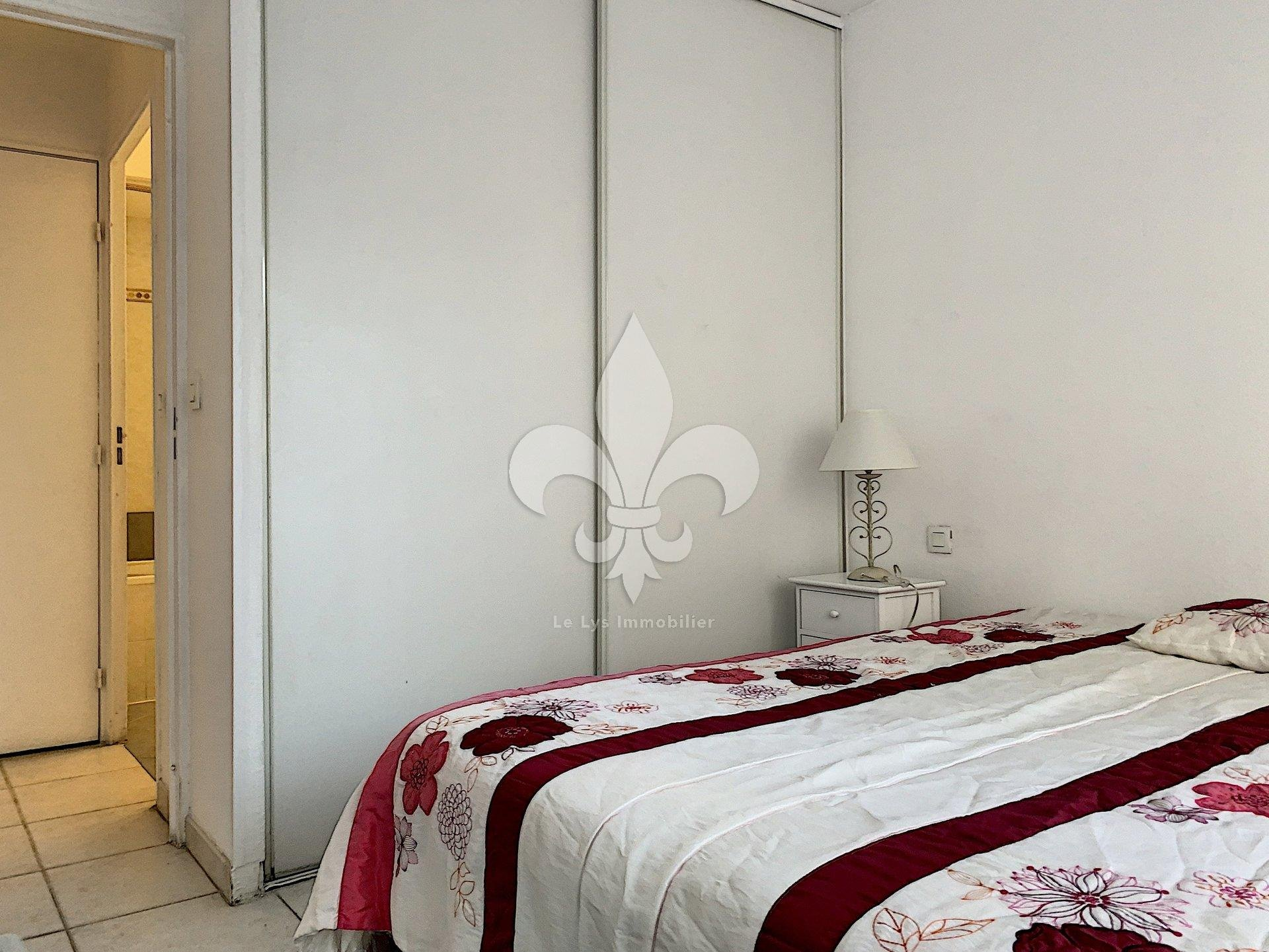CANNES - Petit Juans : Charming 2 rooms of standing