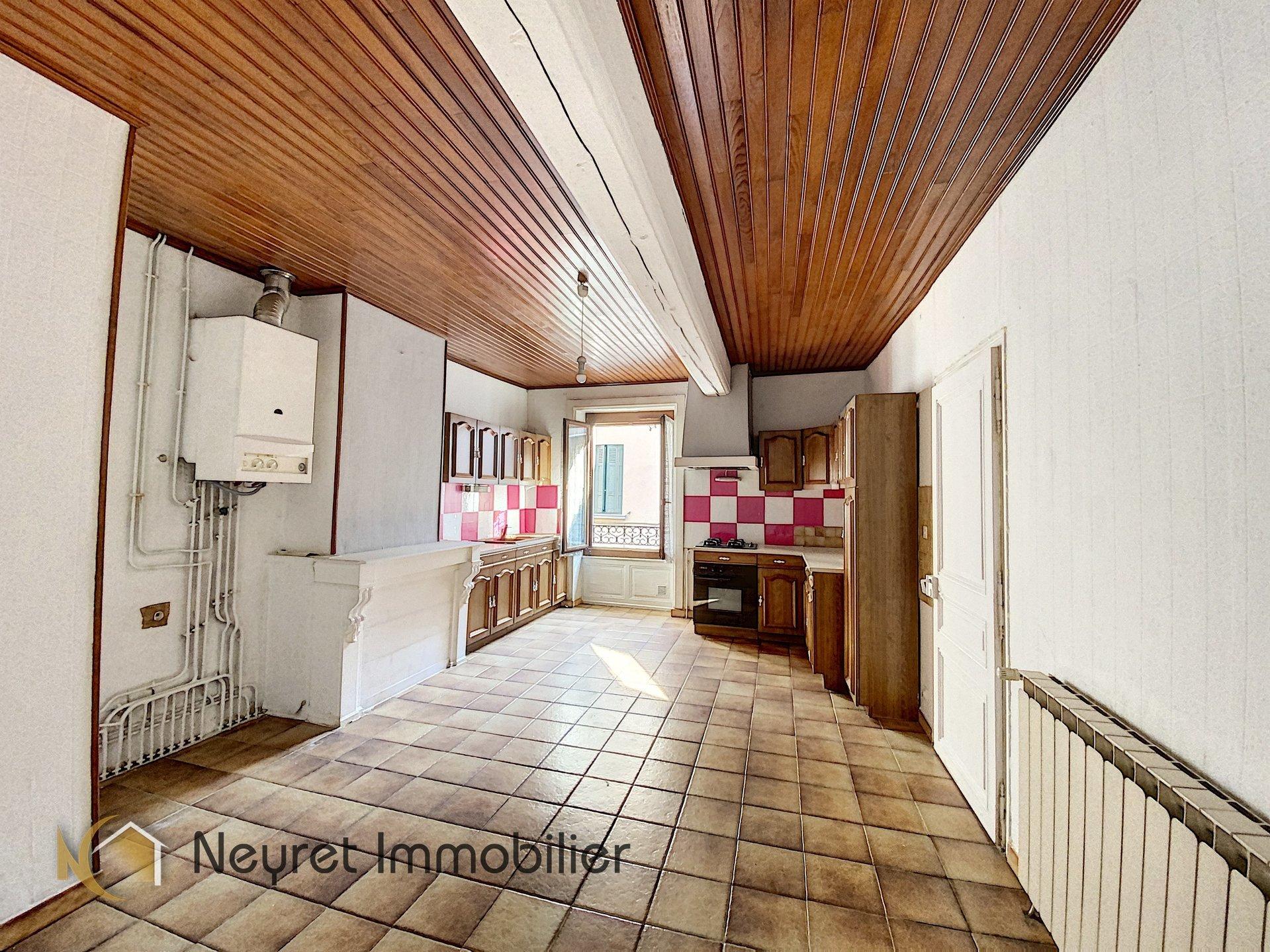 rive gier lot : maison appartement jardin entrée EST