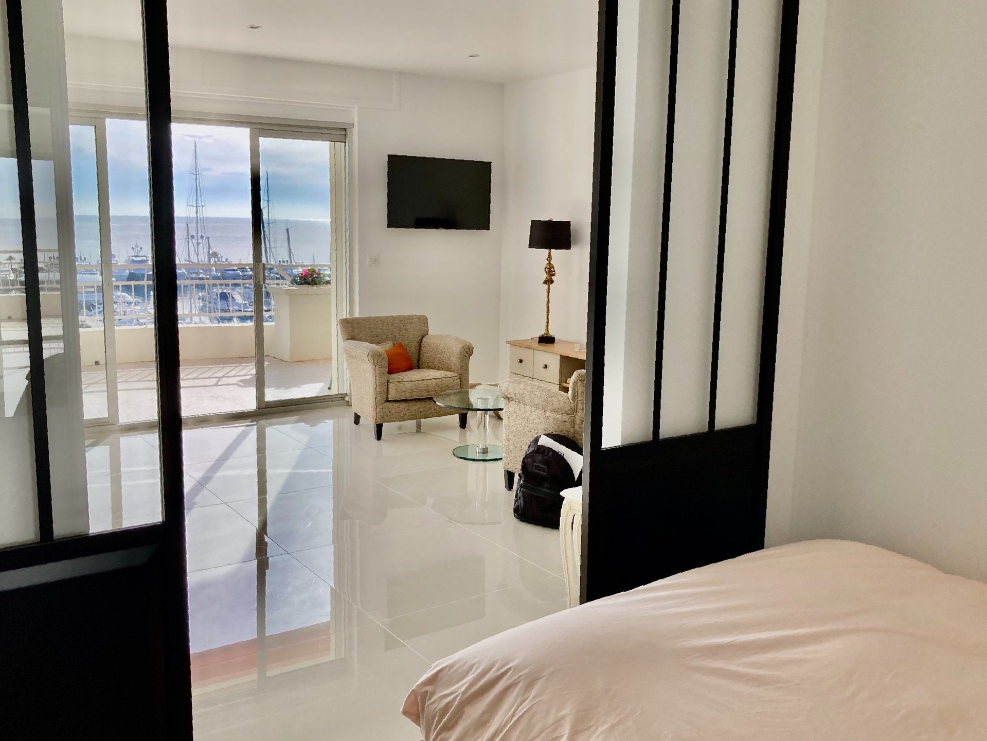 Appartement entièrement rénové  ,vue Mer Panoramique.