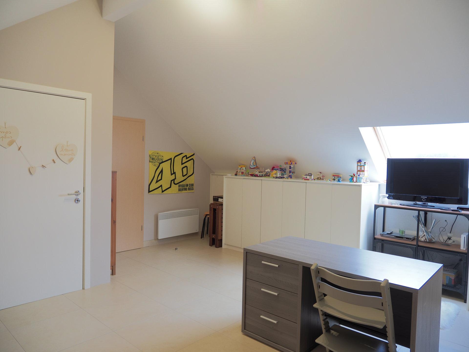 +++SOUS OFFRE+++Spacieux et lumineux appartement 3 chambres