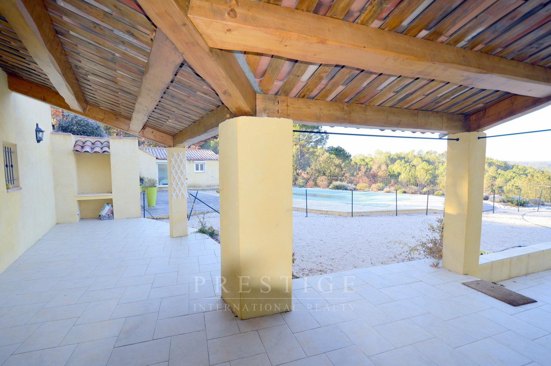 Chateauvert, villa 170sqm land 7000sqm with heated pool
