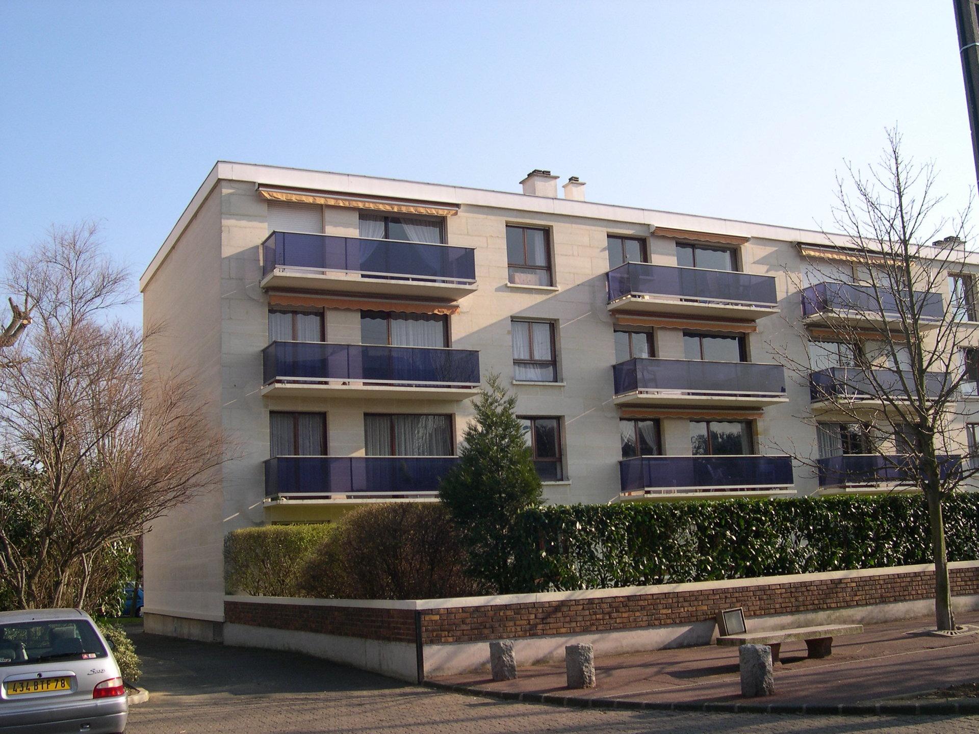3 min RER, avenue d'Aligre, studio avec vue sur jardin.