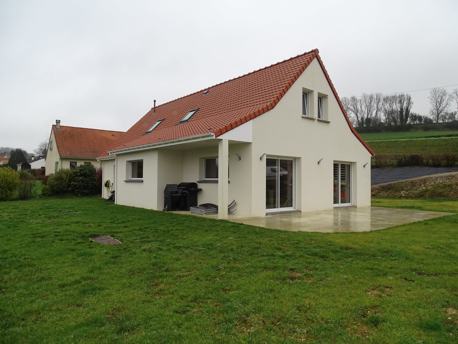 Sale Village house - Montcavrel