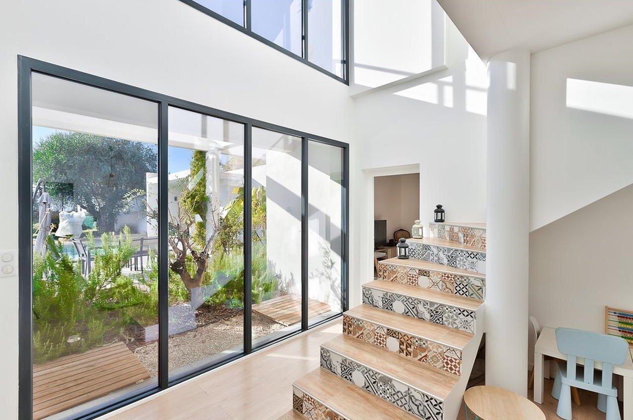 Kalifornisk villa med pool - Nice Saint-André-de-la-Roche