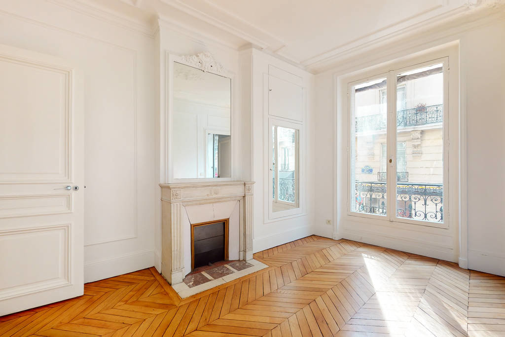 Paris VIII Avenue George V