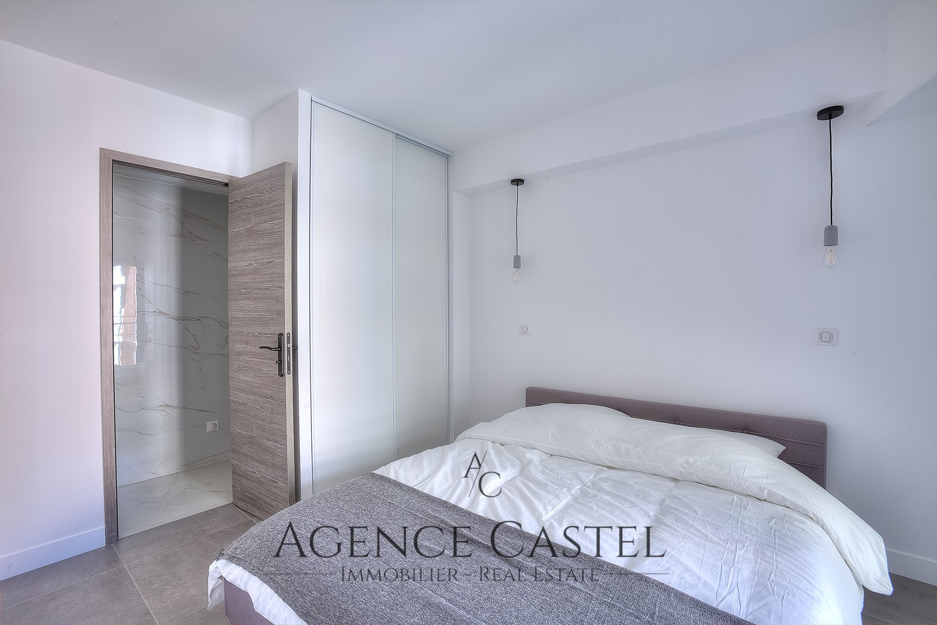 CANNES - SUPERB ONE BEDROOM APARTMENT WITH TERRACE
