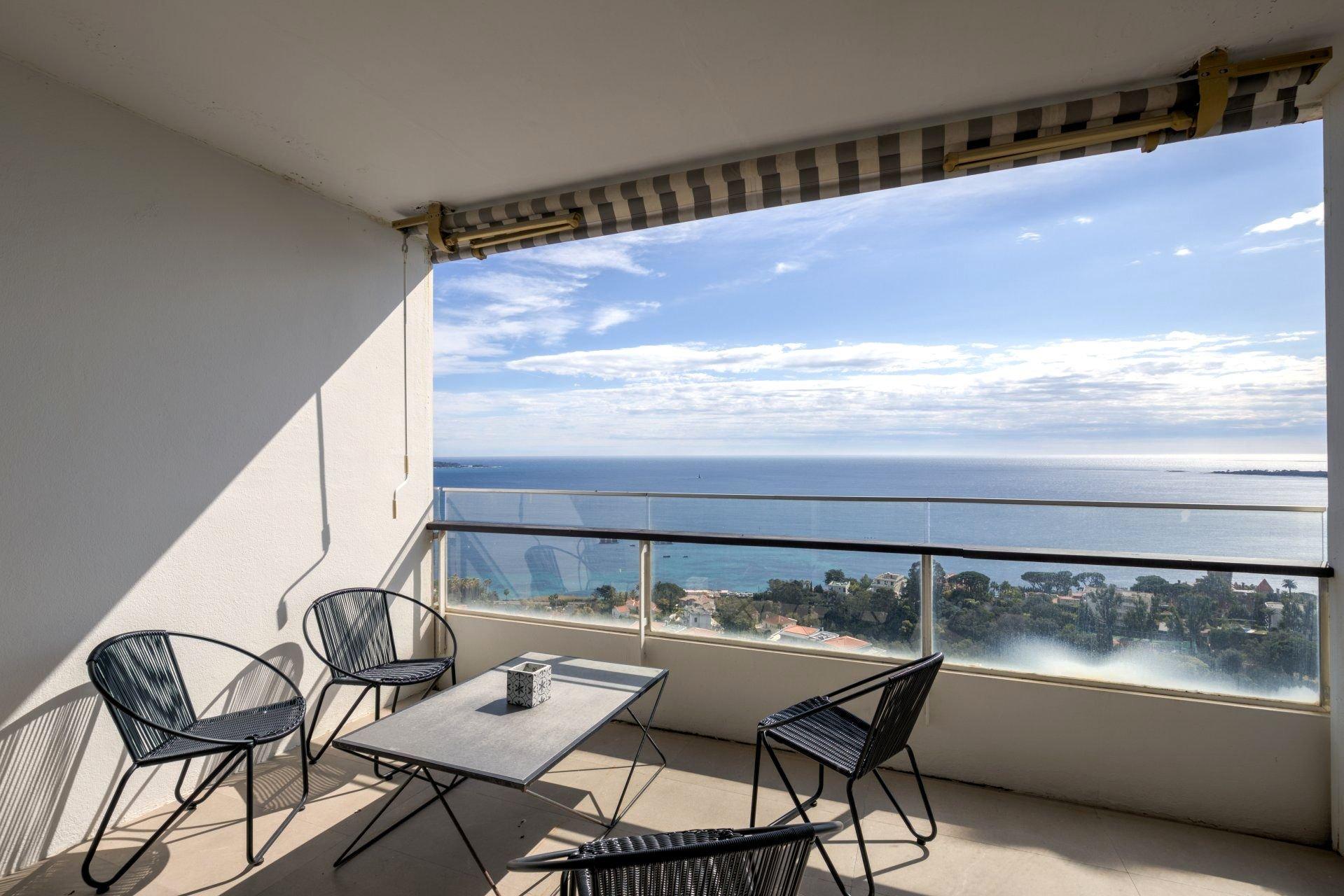 Californie - Bel appartement vue mer en étage élevé