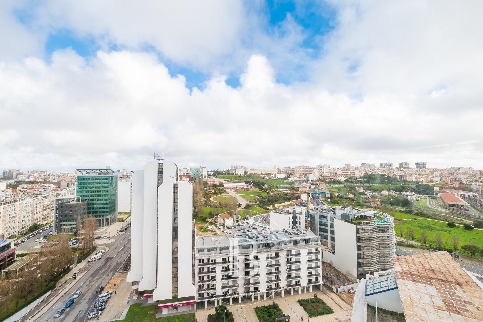 Apartamento T4 em Lisboa