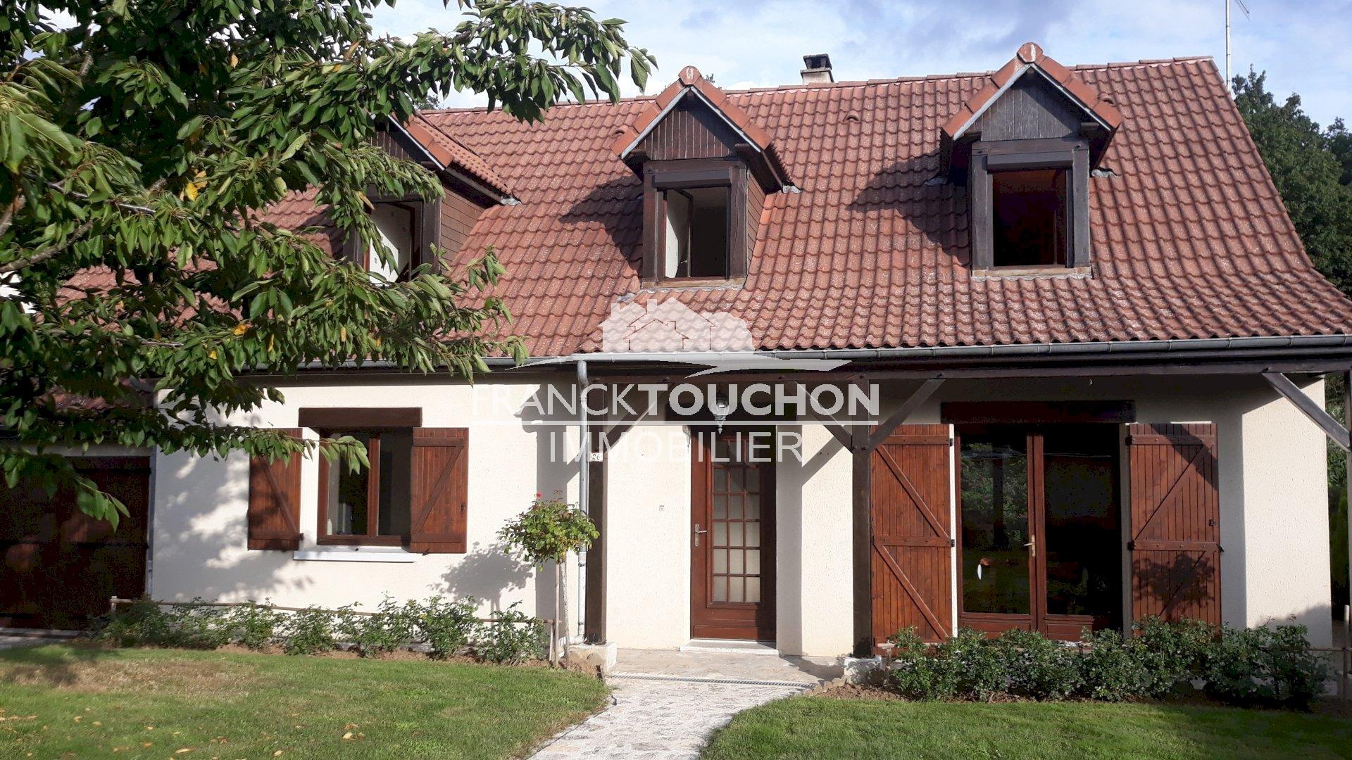 PAVILLON à SOUPPES S/ LOING (77460) 1 h de PARIS - 120 m² hab - 4 chambres - garage - 691 m² terrain