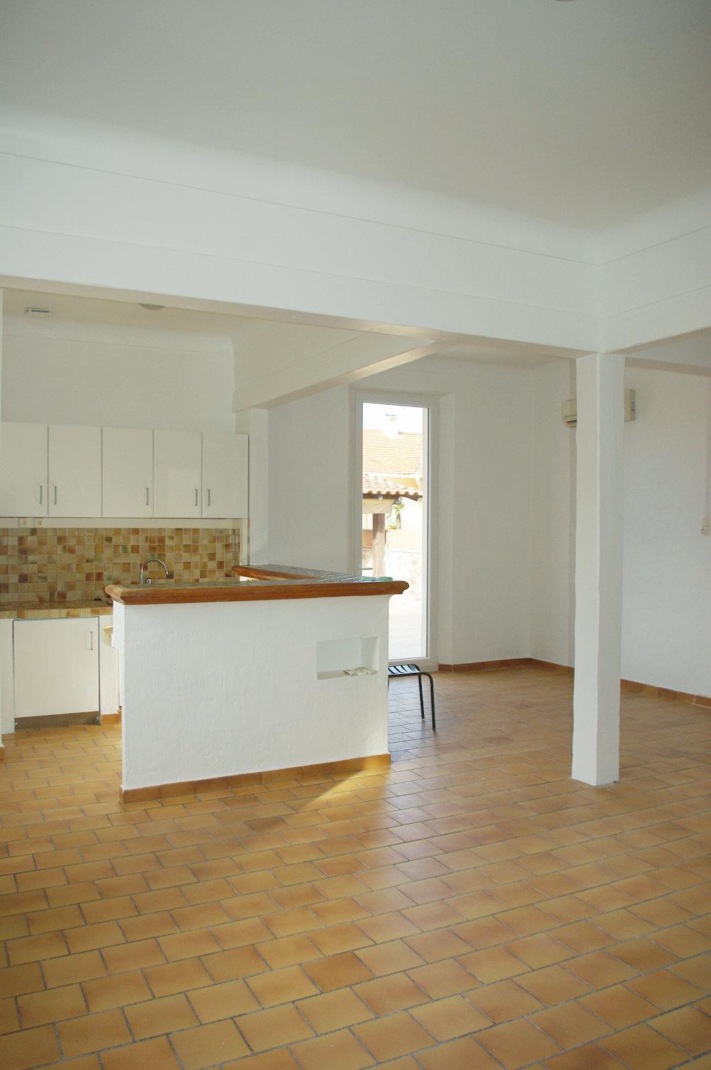 Maison F5 + atelier proche centre ST RAPHAËL