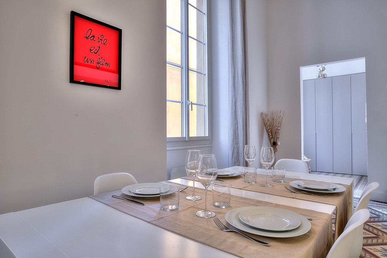 NICE OLD TOWN - 2/3 BEDROOMS APARTMENT