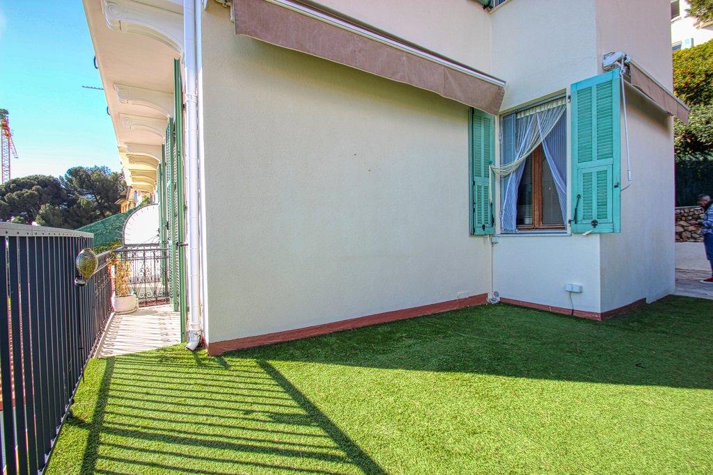 Продажа Дом ленточной постройки - Рокбрюн-Кап-Мартен (Roquebrune-Cap-Martin) Cabbé