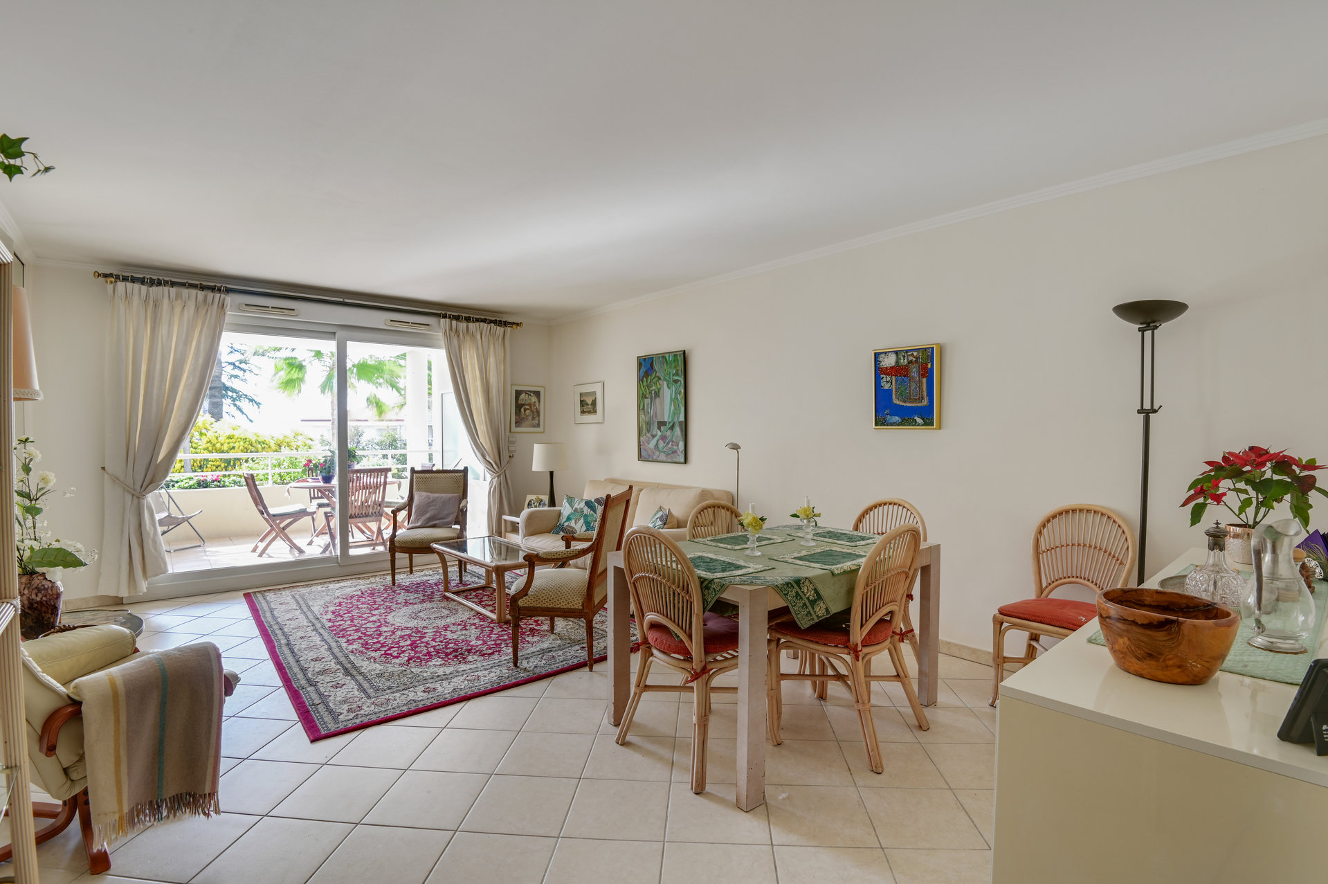 Antibes close to center and beaches - Lovely Apartment with 2 terraces and garage - Quiet