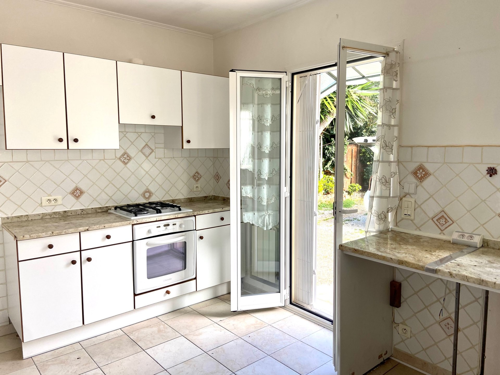 Nice - Mont Boron Park - 3 bed apartment on garden level
