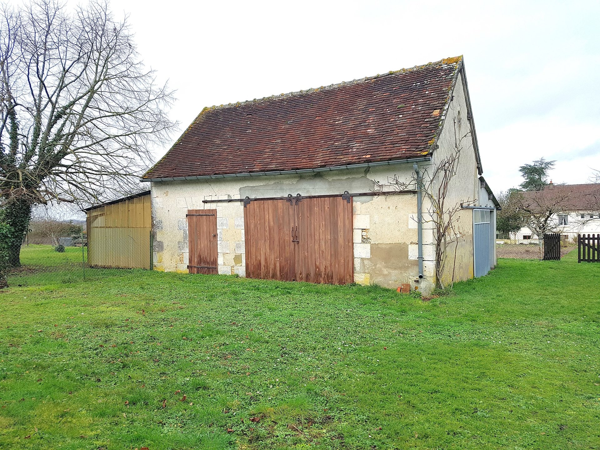 House with barn for sale in South Touraine 37