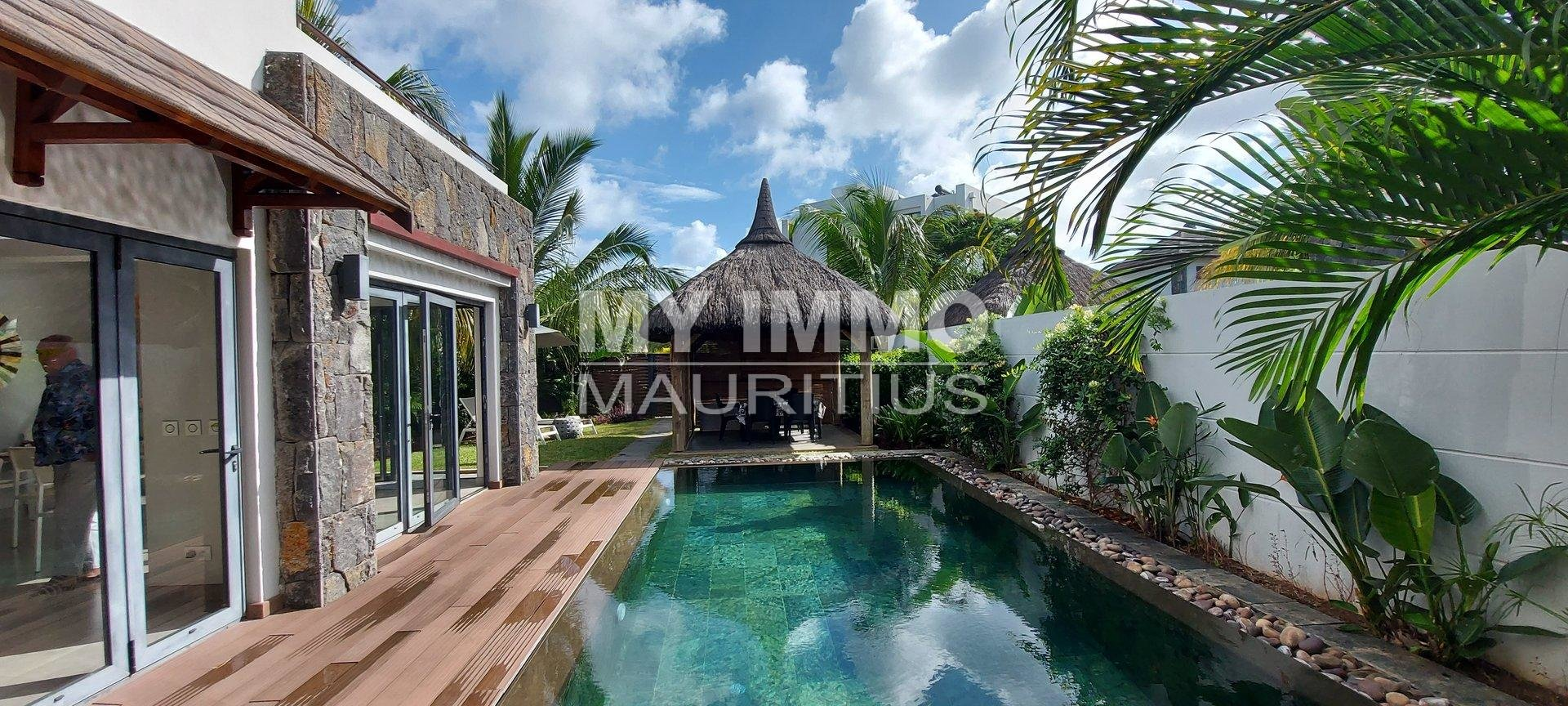 Villa 200 meters from the beach